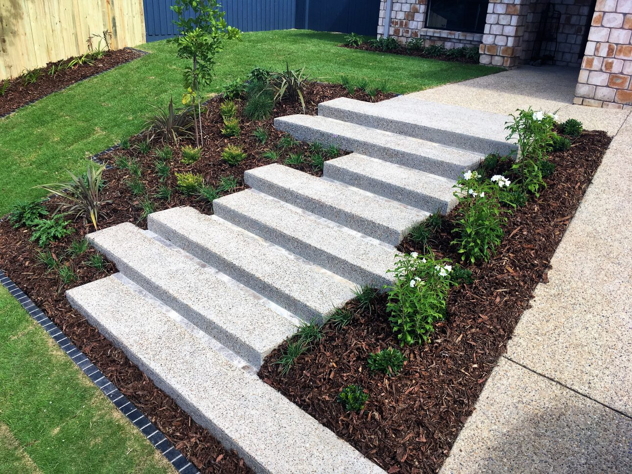 Concrete designs green envy designer landscapes for Landscape design courses brisbane