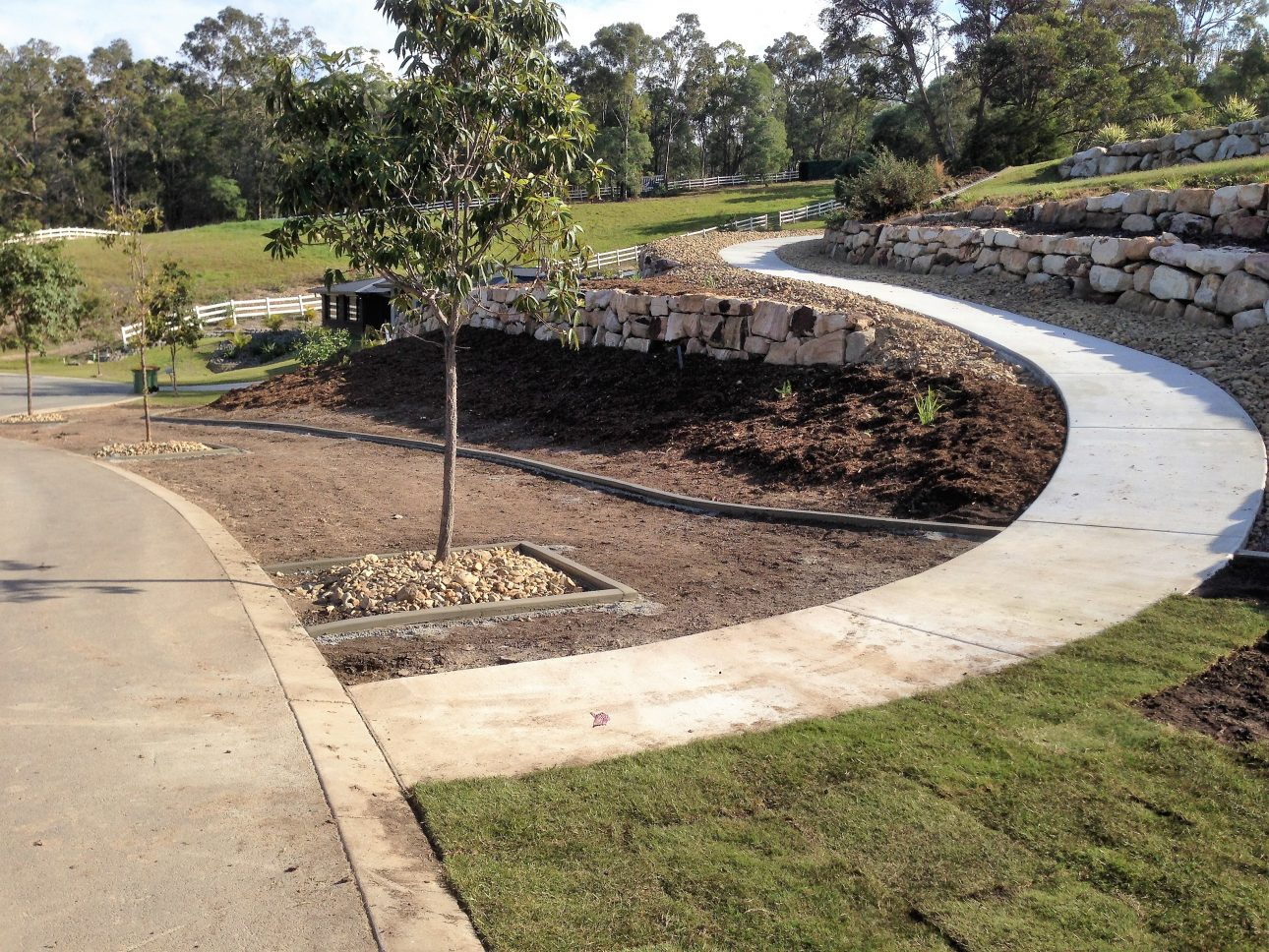 Retaining walls green envy designer landscapes for Landscape design courses brisbane